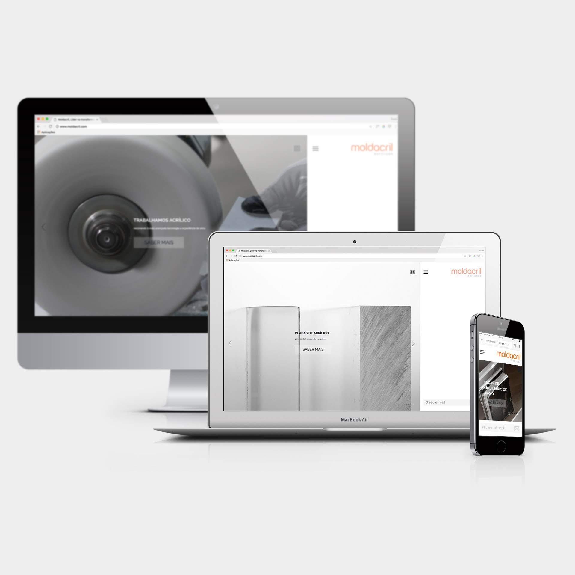 Web Design Moldacril Acrylic and Skylights